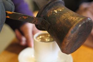 Preparación de café turco u oriental